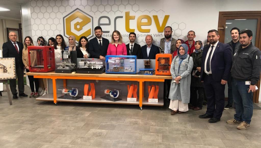 Aile, Çalışma ve Sosyal Hizmetler İl Müdürlüğü ile çeşitli sivil toplum kuruluşlarından gelen temsilcilerin vakfımızı ziyareti